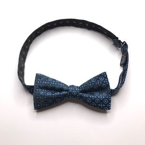 Croft & Barrow Blue Adjustable Bowtie A050695